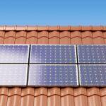 Dlaczego warto zamontować panele słoneczne